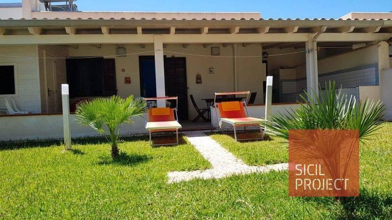 Villa a Schiera in affitto a San Vito Lo Capo, 3 locali, prezzo € 1.400 | CambioCasa.it