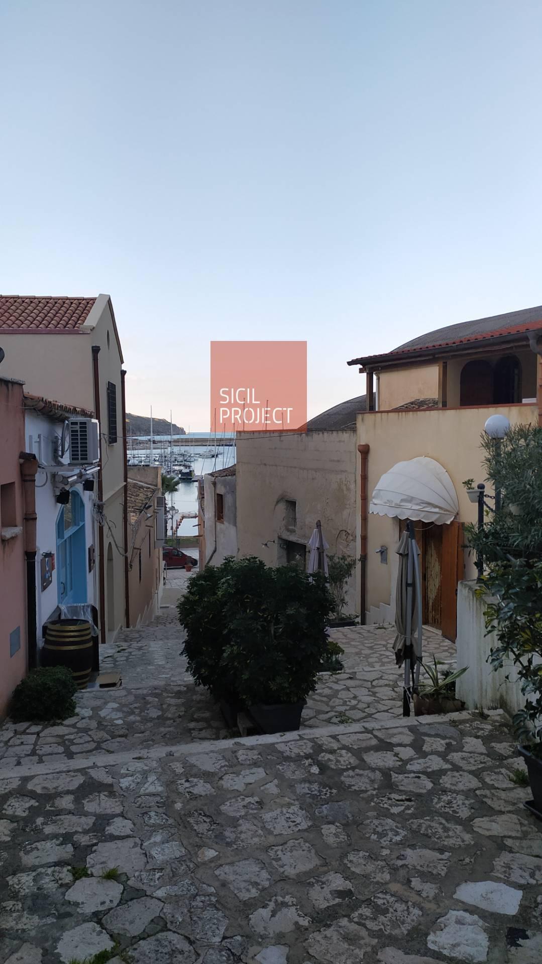 Soluzione Indipendente in affitto a Castellammare del Golfo, 4 locali, prezzo € 750 | CambioCasa.it