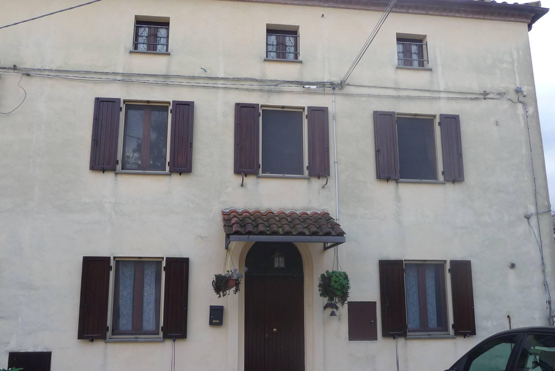 Casa semindipendente in vendita a fabriano cod in57 - Sogno casa fabriano ...