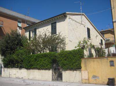 Casa Semindipendente in Vendita a Ancona