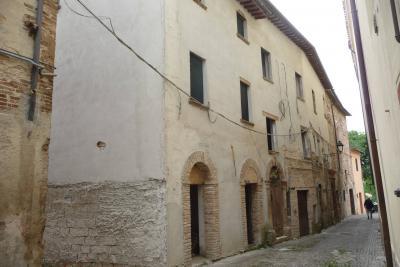 Casa singola in Vendita a Cerreto d'Esi