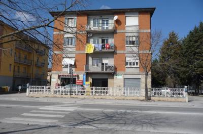 Locale commerciale in Vendita a Fabriano