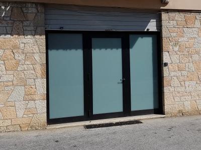 Locale commerciale in Affitto a Fabriano