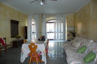 Casa Semindipendente in Affitto/Vendita a Genga