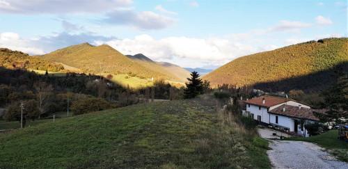 Rustico/Casale/Corte in Vendita a Fabriano
