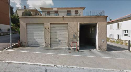 Box o garage in Vendita a Fabriano