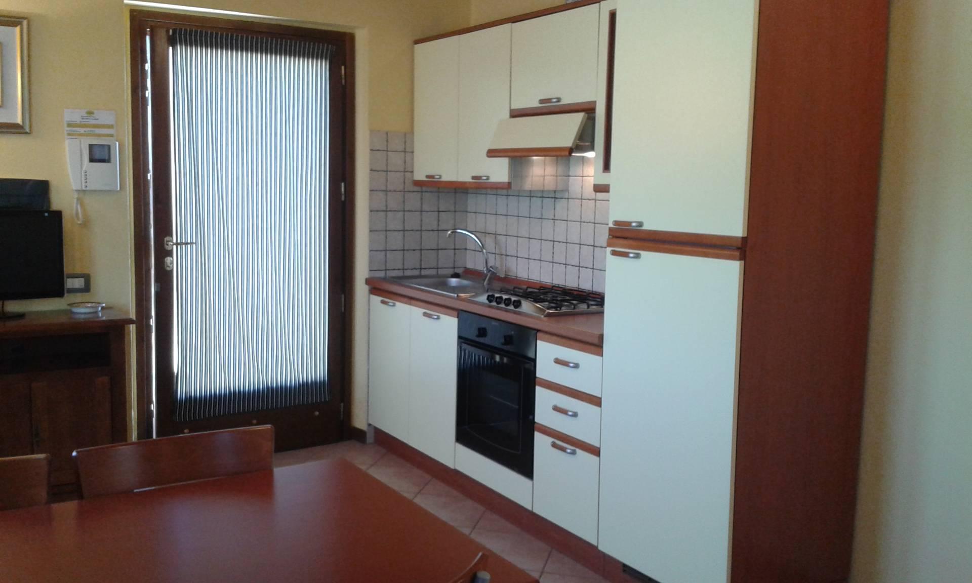Appartamento in vendita a Porto Recanati, 2 locali, zona Località: QuartiereSud-S.aMariainPotenza, prezzo € 85.000   Cambio Casa.it