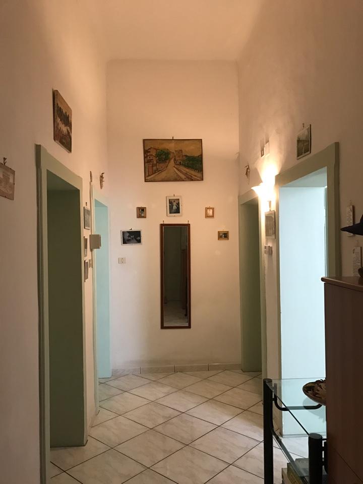 Appartamento in vendita a Porto Recanati, 3 locali, zona Località: QuartiereCentro-Castelnuovo-SanMarino, prezzo € 115.000   Cambio Casa.it
