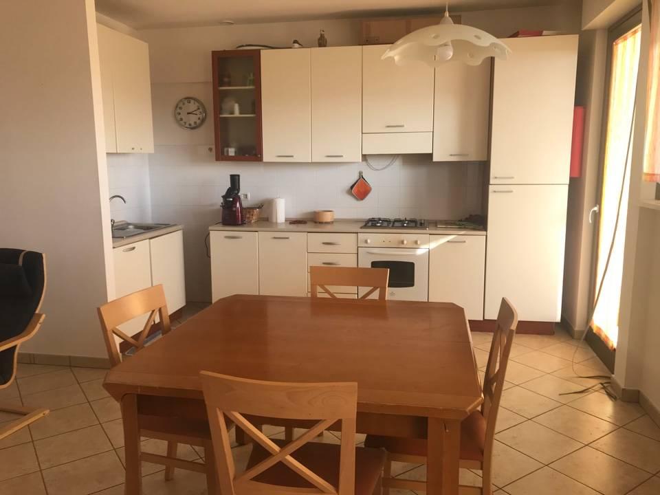 Appartamento in vendita a Recanati, 3 locali, prezzo € 110.000 | CambioCasa.it