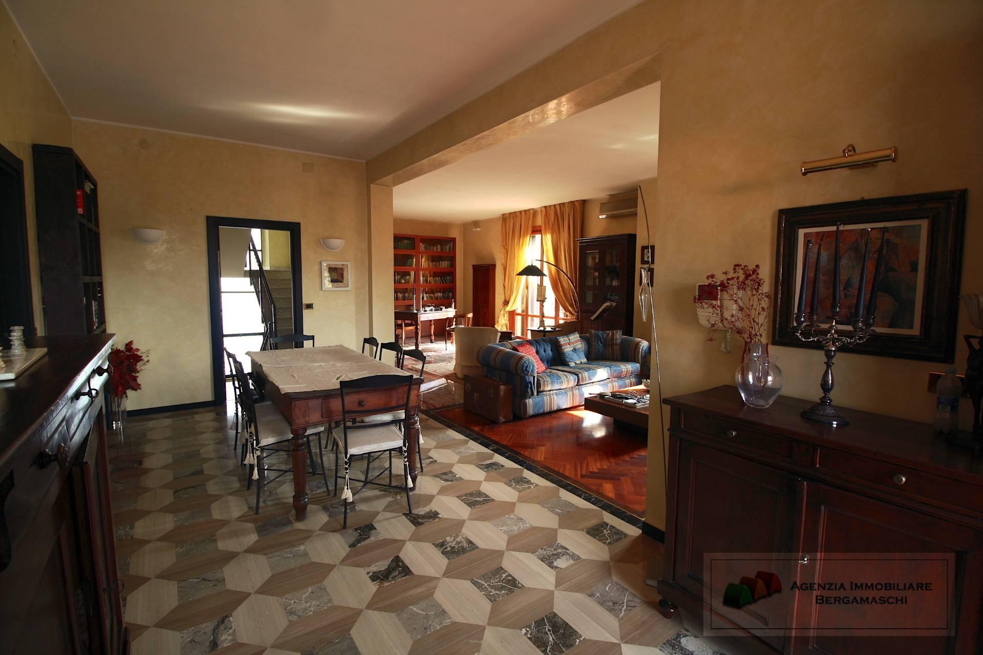 Foto 1 di Casa indipendente Via Marconi, Gattatico