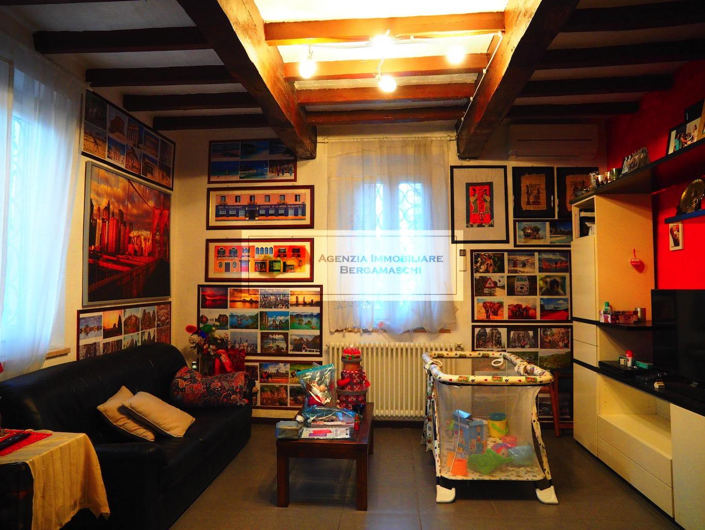 Foto 1 di Appartamento Via Libertà, Gattatico