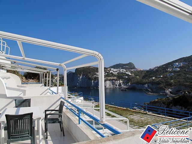 Appartamento in vendita a ponza cod b302 for Soggiorno a ponza