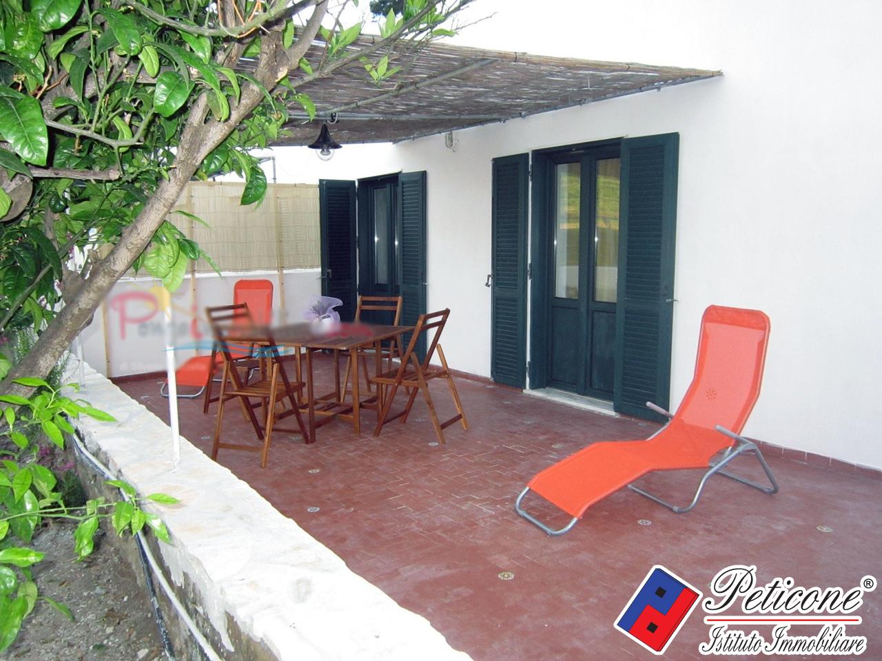 Appartamento in vendita a Ponza, 3 locali, zona Località: LeForna, prezzo € 350.000 | PortaleAgenzieImmobiliari.it