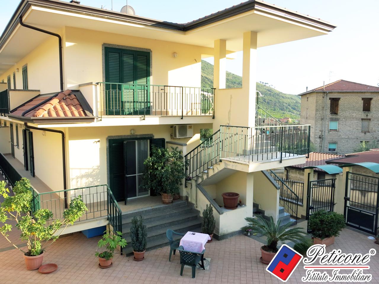 Villa tre camere panoramico fondi in vendita waa2 for Casa di 700 metri quadrati in vendita