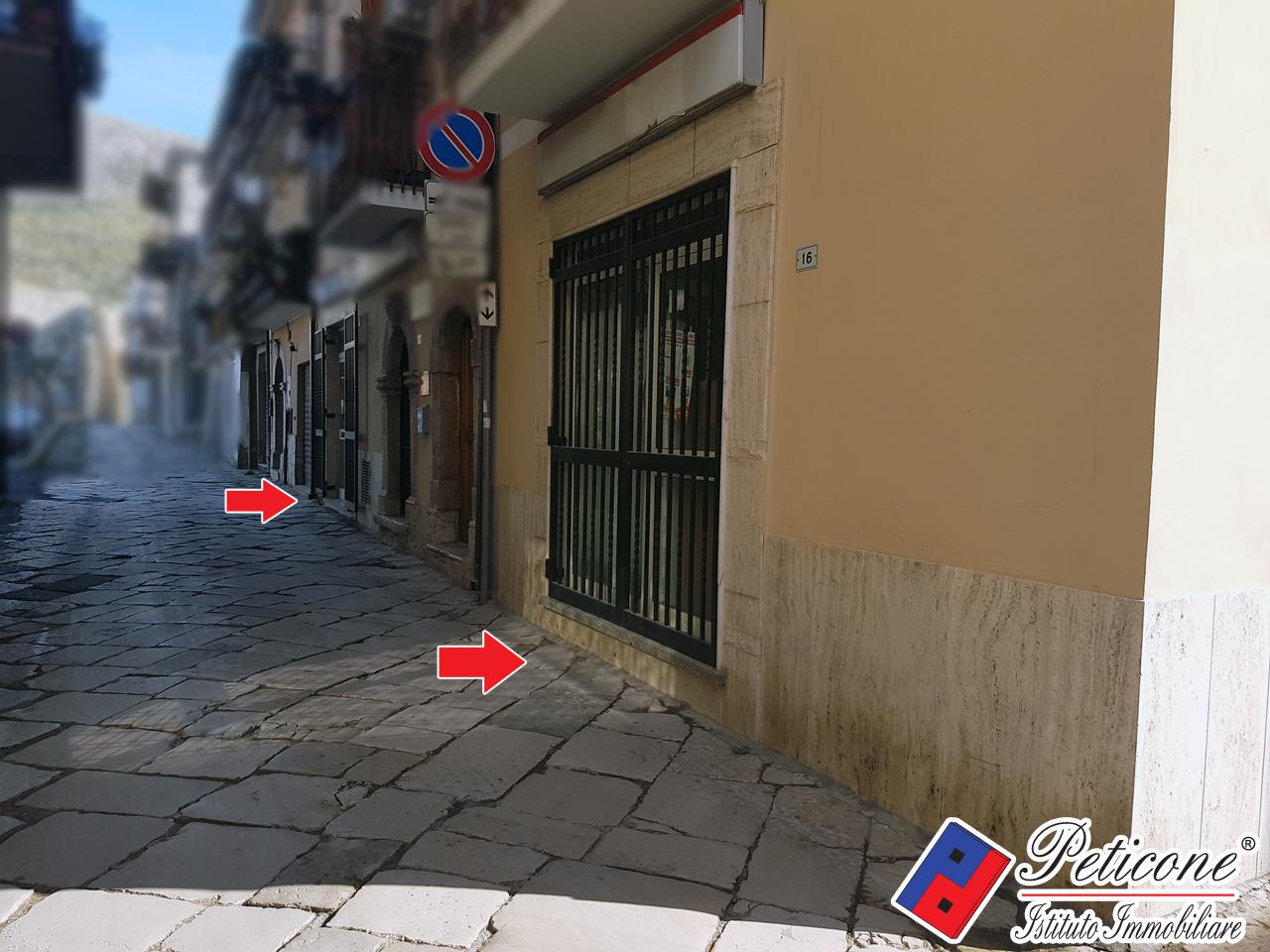 Attività / Licenza in vendita a Fondi, 9999 locali, zona Località: Centrostorico, prezzo € 50.000 | CambioCasa.it