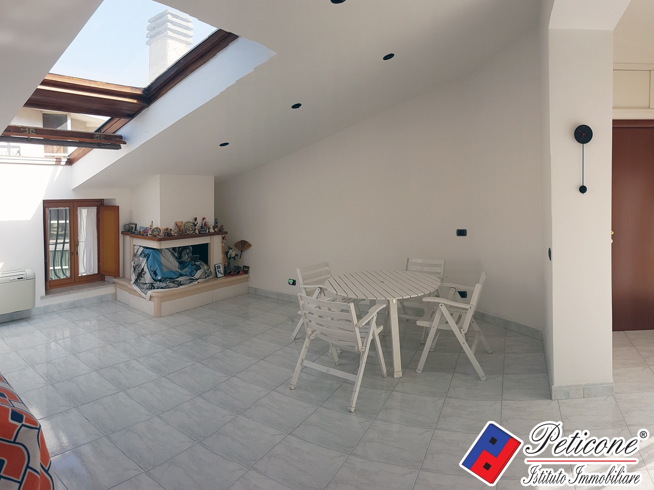Appartamento in vendita a Itri, 4 locali, zona Località: Centro, prezzo € 240.000   PortaleAgenzieImmobiliari.it