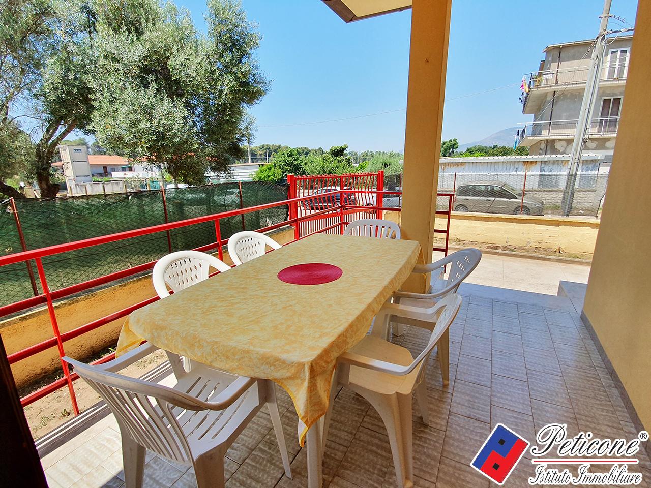 Villa in affitto a Fondi, 4 locali, zona Località: MarinadiFondi, Trattative riservate | PortaleAgenzieImmobiliari.it