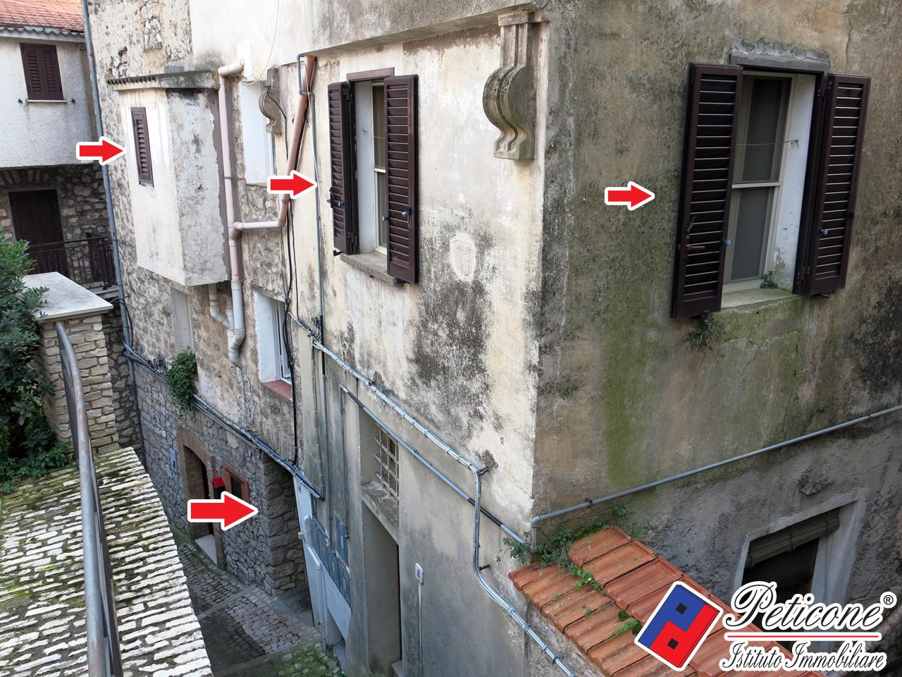 Appartamento in affitto a Lenola, 2 locali, zona Località: CentroStorico, prezzo € 350   CambioCasa.it