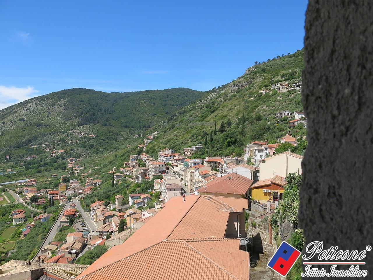 Appartamento in vendita a Monte San Biagio, 4 locali, zona Località: Centro, prezzo € 55.000   PortaleAgenzieImmobiliari.it