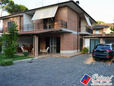 VILLA in RESIDENCE a 100 mt dal MARE
