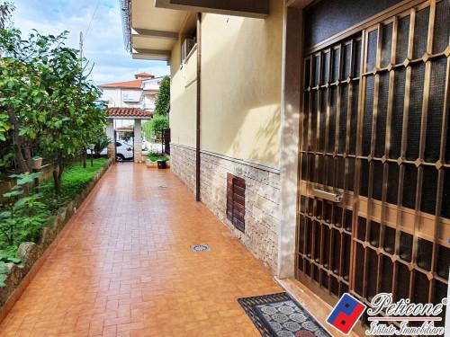 Appartamento Ristrutturato con ampio balcone