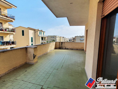 Parte di Stabile composto da 4 Appartamenti a 200 mt dal MARE