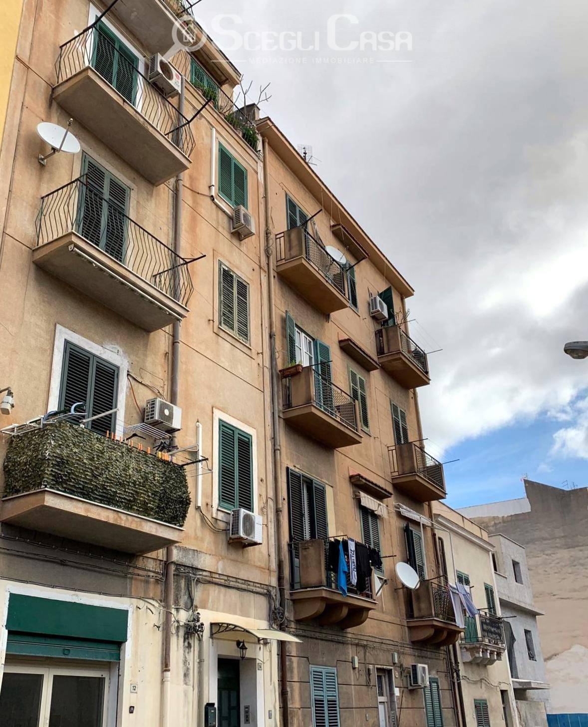 Magazzino in affitto a Palermo, 9999 locali, zona Località: Villatasca, prezzo € 500 | CambioCasa.it