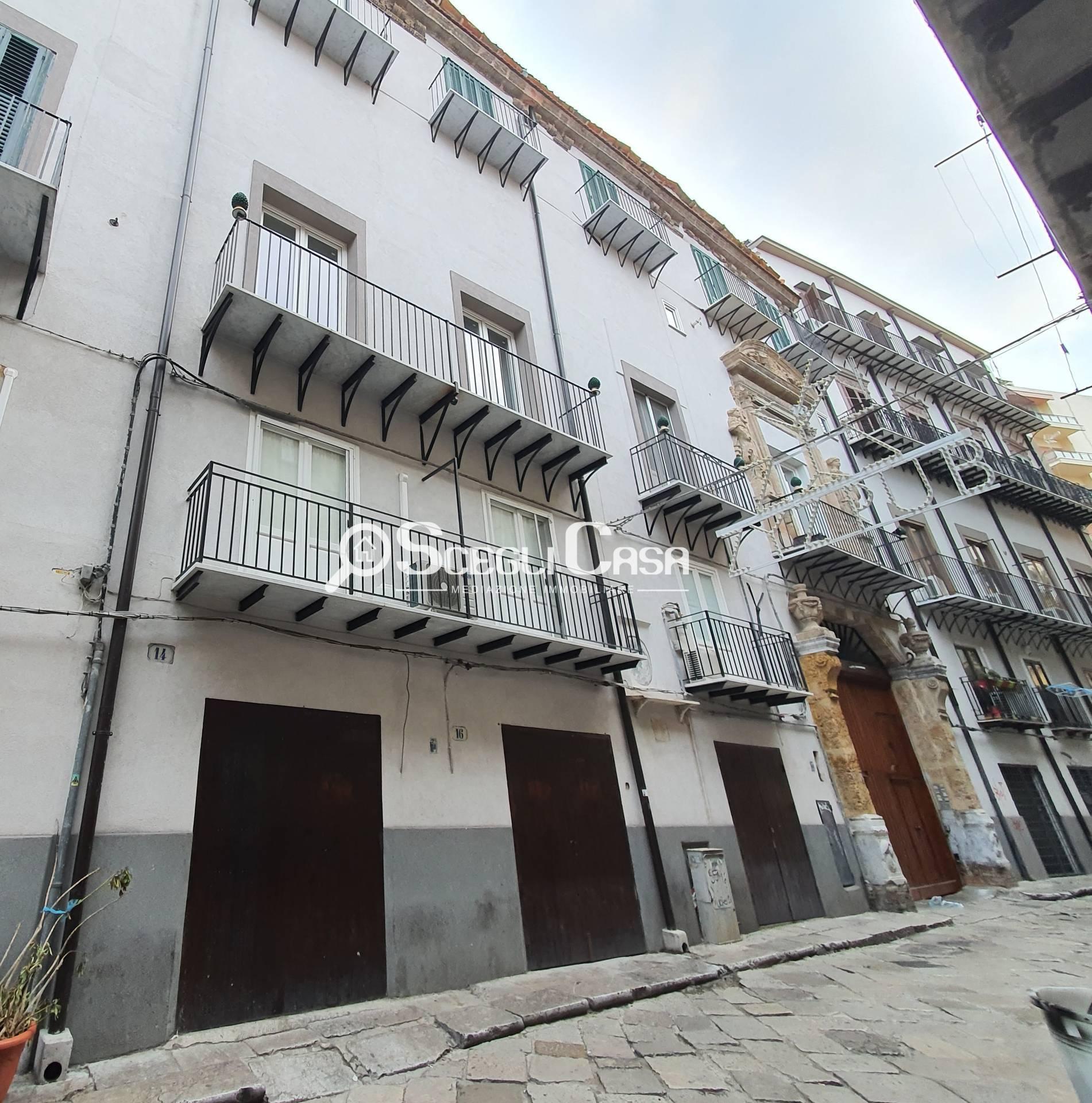 Negozio / Locale in affitto a Palermo, 9999 locali, zona Località: Centrostorico, prezzo € 500 | CambioCasa.it