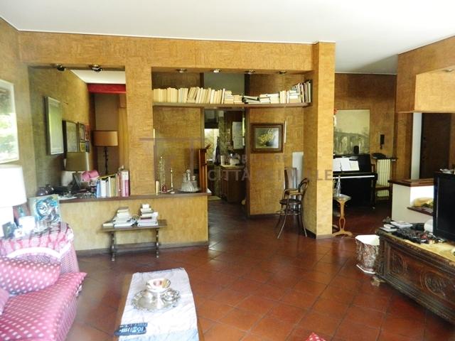 vendita appartamento bergamo valtesse  175000 euro  3 locali  115 mq