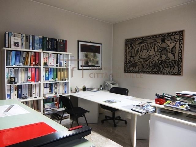 Ufficio in vendita a Redona, Bergamo (BG)