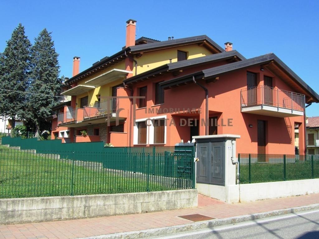 Villa Bifamiliare in vendita a Sorisole, 5 locali, prezzo € 340.000 | PortaleAgenzieImmobiliari.it