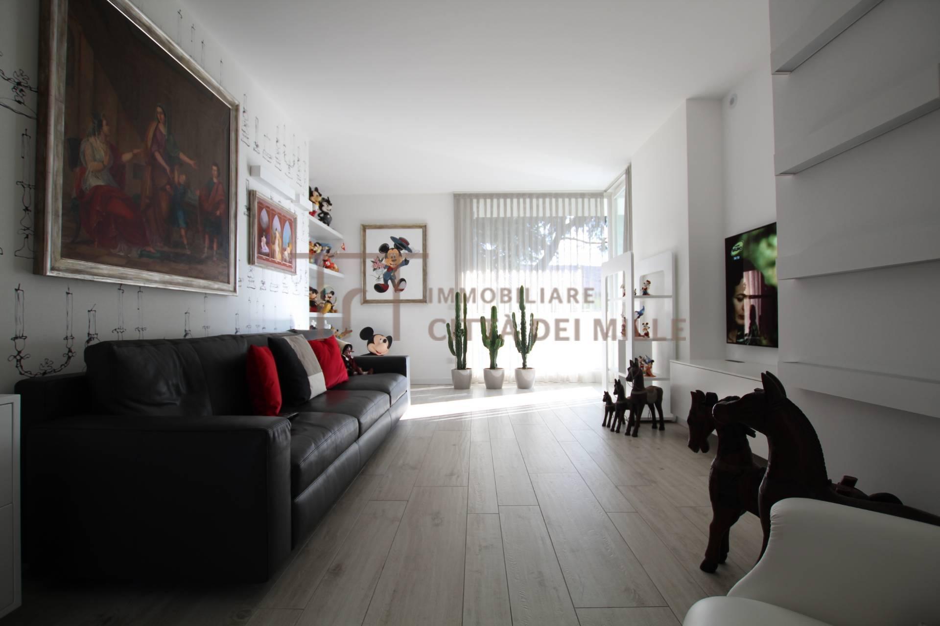 Appartamento in vendita a Villa di Serio, 3 locali, zona Località: Centro, prezzo € 280.000   PortaleAgenzieImmobiliari.it