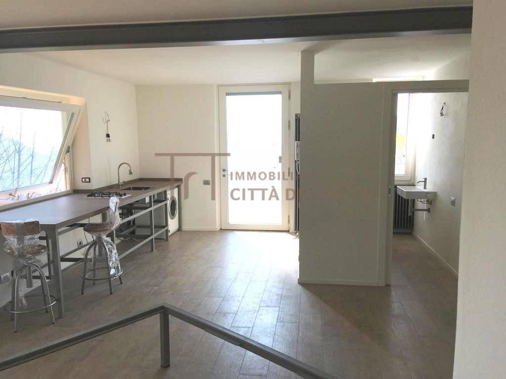 Appartamento in vendita a Alzano Lombardo, 1 locali, zona Località: MontediNese, prezzo € 89.000 | PortaleAgenzieImmobiliari.it