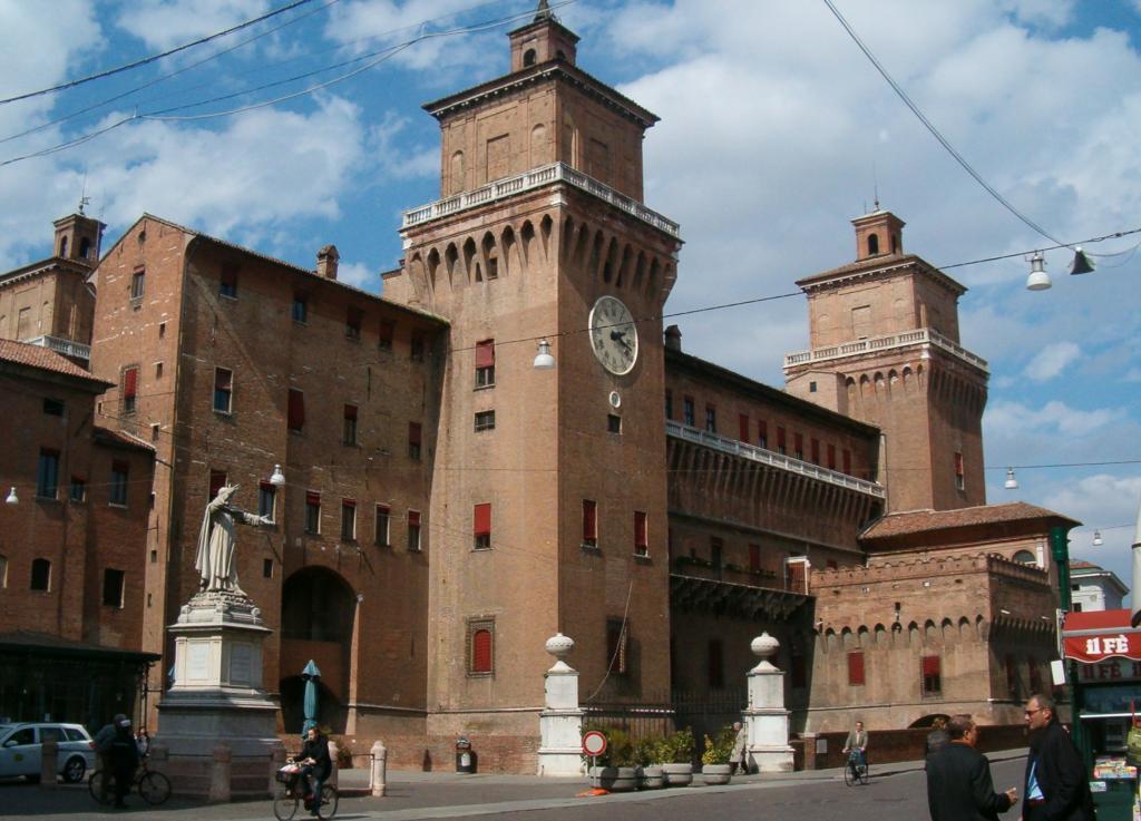 Negozio / Locale in affitto a Ferrara, 9999 locali, zona Località: Centrostorico, prezzo € 1.100 | Cambio Casa.it