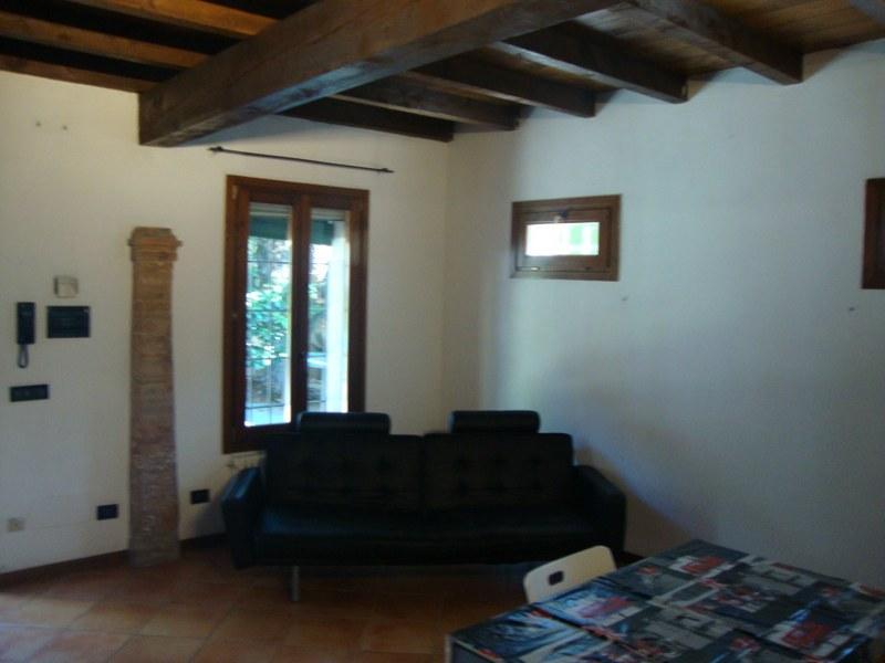 Bilocale Ferrara Via Colombarola 2