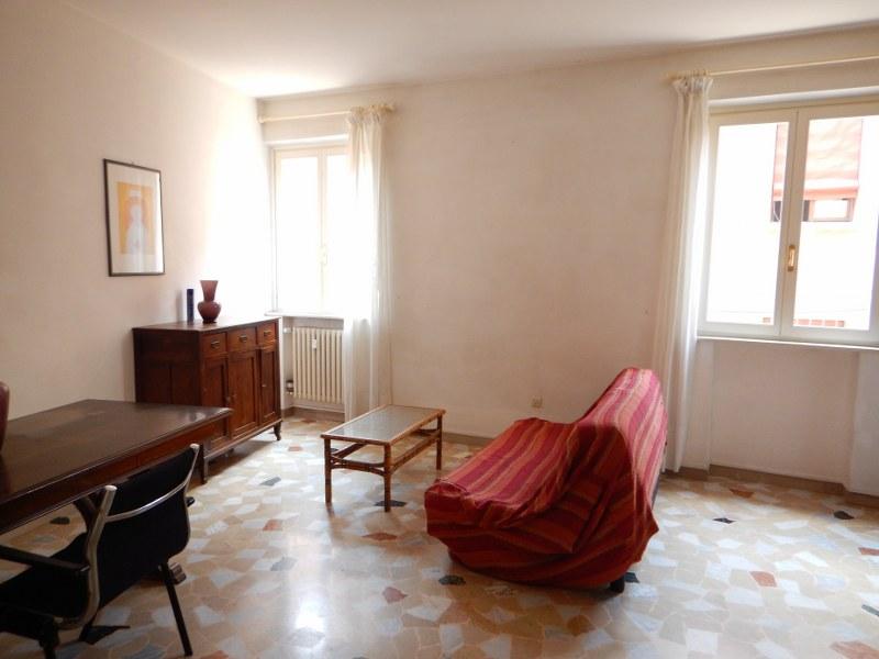 Appartamento in affitto a Ferrara, 3 locali, zona Località: Centrostorico, prezzo € 580 | Cambio Casa.it
