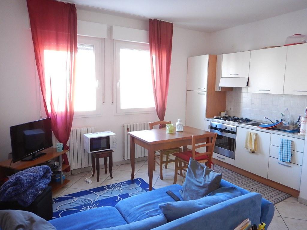 Appartamento in affitto a Ferrara, 2 locali, zona Località: FuoriMura-ZonaSud, prezzo € 450 | Cambio Casa.it