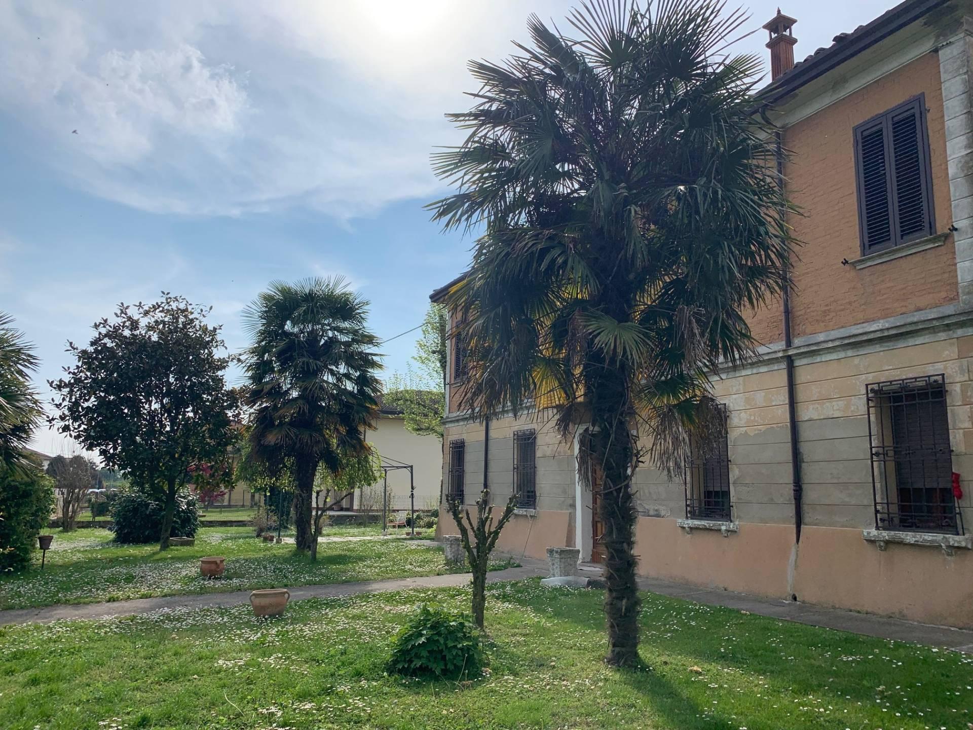 Foto 1 di Casa indipendente via chiesa, Ostellato