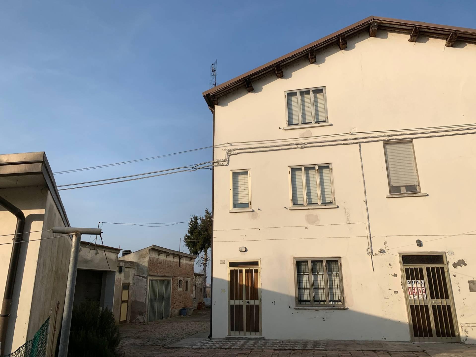 Foto 1 di Casa indipendente ca' sandrino, Ostellato