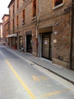Negozio in Affitto a Ferrara