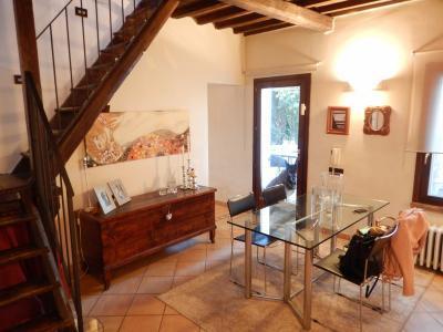 Casa / Villa / Villetta in Vendita a Migliaro