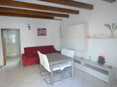 Casa / Villa / Villetta in Vendita a Masi Torello
