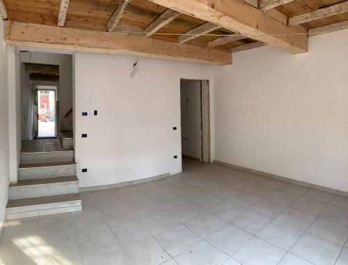 Casa / Villa / Villetta in Vendita a Terre del Reno