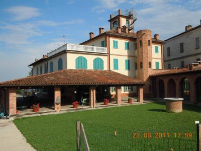 Casale in Vendita a Revigliasco d'Asti