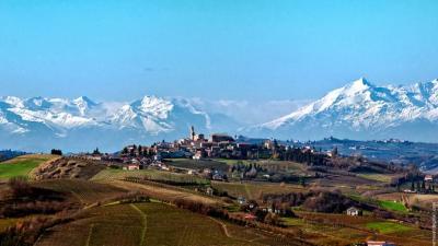 Casale in Vendita a Asti