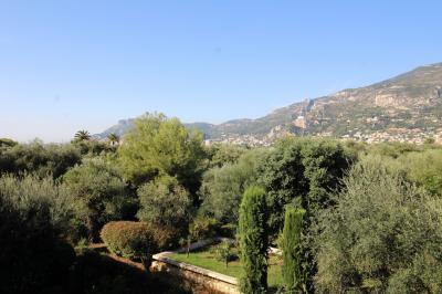 Appartamento in Vendita a Roquebrune-Cap-Martin