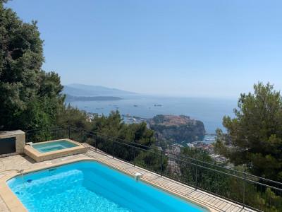 Villa in Vendita a Cap-d'Ail