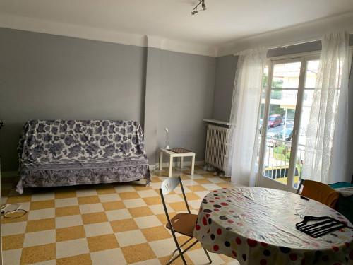 Appartamento in Affitto a Menton