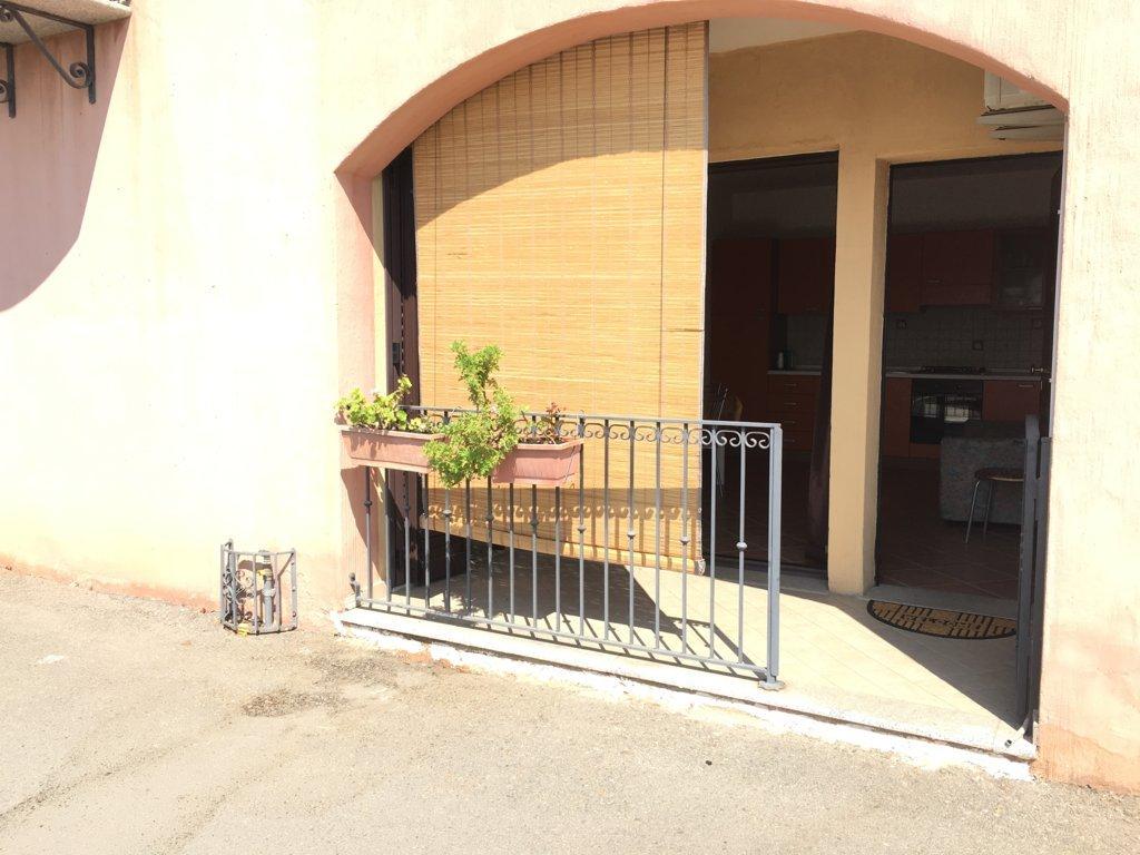 Bilocale vendita via sarrabus for Planimetrie piano piano gratuito