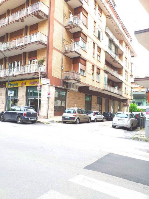 Vai alla scheda: Box / Posto auto Vendita Avellino